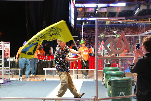 FRC World Championships 2015 - 20150424%2B17-57-09%2BC70D-IMG_2619.JPG