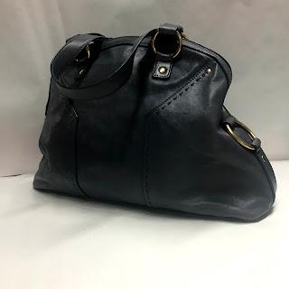 Yves Saint Laurent Muse Shoulder Bag