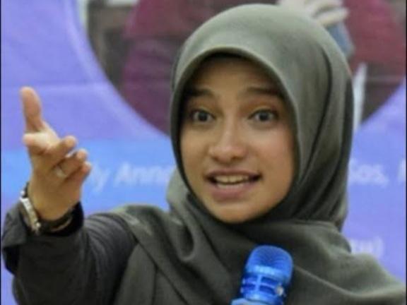 Keputusan Jokowi Bikin Influencer Sherly Annavita Mengelus Dada: Sedih dan Sesak Rasanya Pak