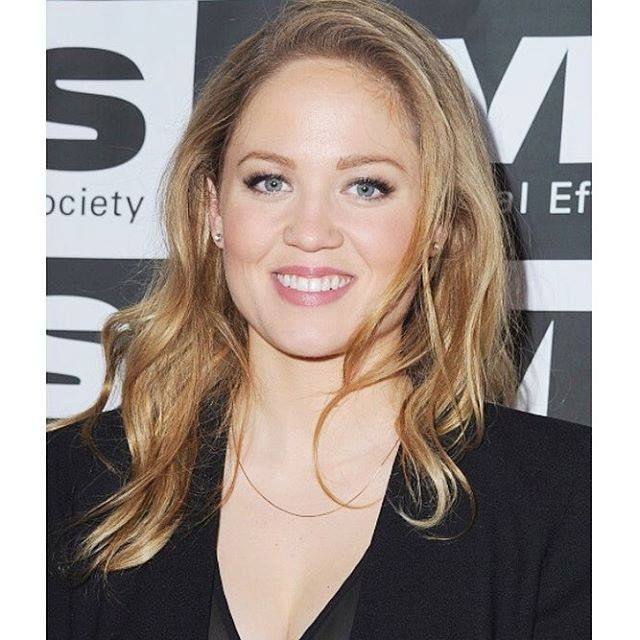 Erika Christensen Profile pictures, Dp Images, Display pics collection for whatsapp, Facebook, Instagram, Pinterest, Hi5.