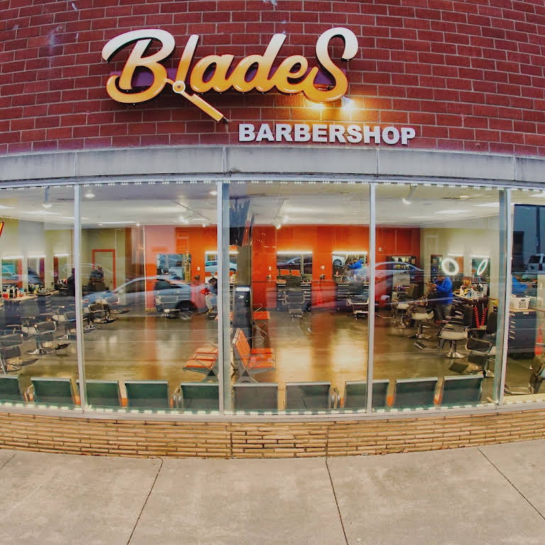 Des Moines Shopping >> Blades Barbershop Barber Shop In Des Moines