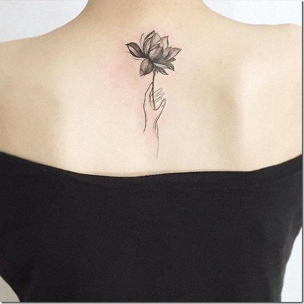 con_contornos_deja_su_tatuaje_ms_graciosa
