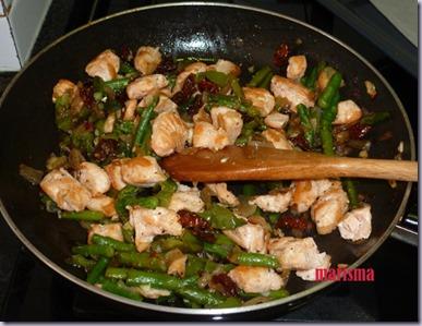 hojaldre con salmón fresco y verduras4 copia