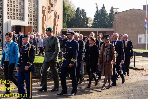 herdenkingsdienst  en een stille tocht naar het Engelse kerkhof 12-10-2014 (54).jpg