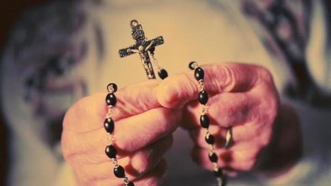 Chuỗi Mai Khôi – vũ khí chống phá thai ( 5 Sự Mừng)