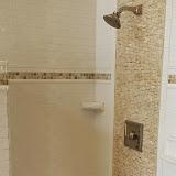 Bathrooms - 20140204_091520.jpg