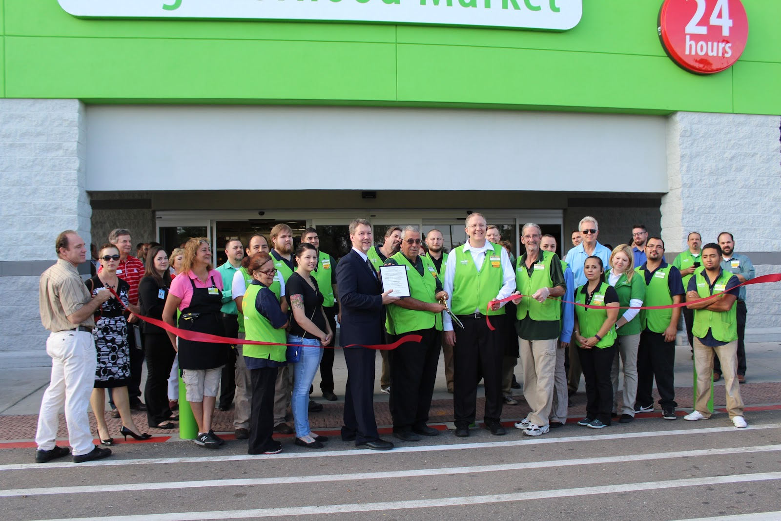 Congratulations to Walmart Neighborhood Market located at 2175 W. Ruthrauff Rd, on their Re-Grand Opening.