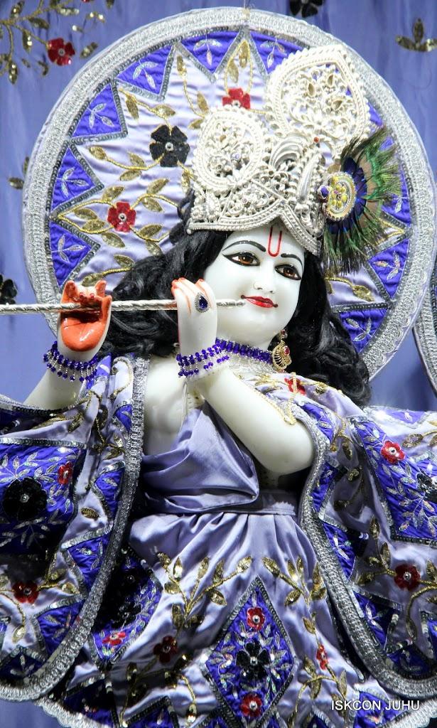 ISKCON Juhu Mangal Deity Darshan on 11th Aug 2016 (24)