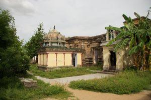 Thirunanipalli (Ponsei) Temple Praharam 02