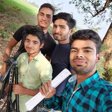 ashish-upadhyay-the-famous-youtuber-of-sagar-story