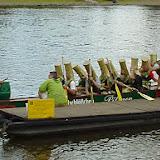 Drachenbootrennen 2000 - 10%2B-%2BDie%2BFlaschen%2Bim%2BBoot%2B1.jpg