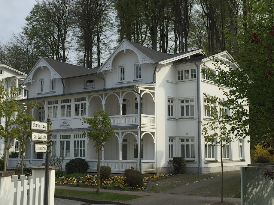 Ostseebad Binz/ Rügen: Villa Amanda