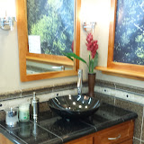 Bathrooms - 20140204_093124.jpg