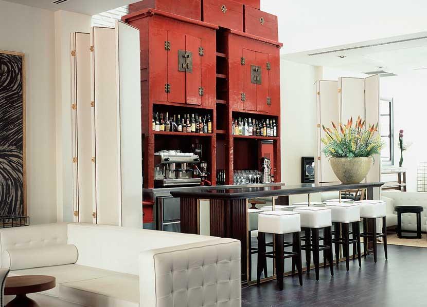 nest studio lazaro rosa violan. Black Bedroom Furniture Sets. Home Design Ideas