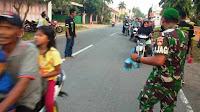 Komunitas King of Brebes bagi takjil gratis