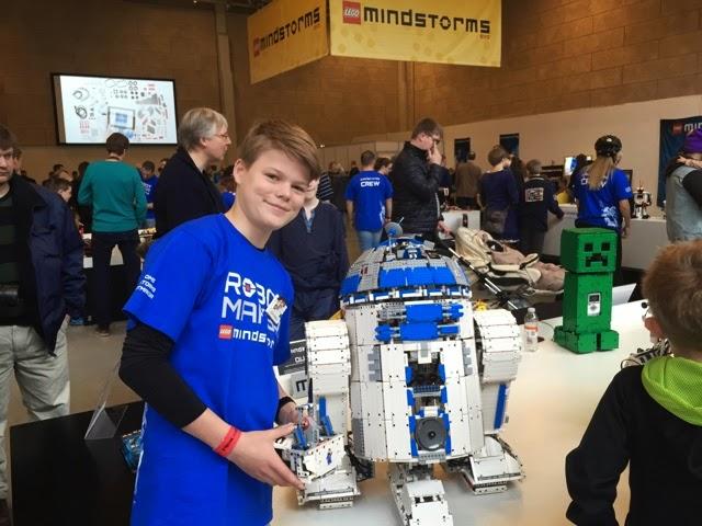 MINDSTORMS at LEGO WORLD Copenhagen 2015 | The NXT STEP is EV3 ...