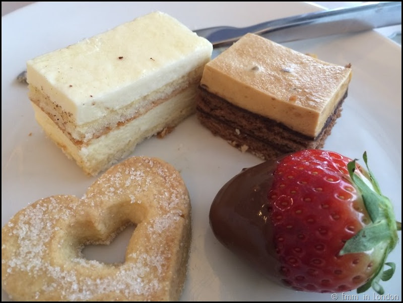 Queen of Hearts Afternoon Tea - Radisson Blu Guildford