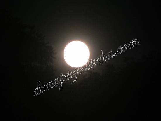 """A super lua cheia ou """"perigeu lunar"""" aconteceu ontem, 19 de março - agora só daqui a 18 anos"""