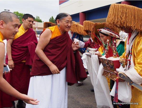Tibetan Audience with HH Dalai Lama/HH Sakya Trizins Teaching in Portland, OR. - 09-cc%2BP5120238%2BC72.JPG