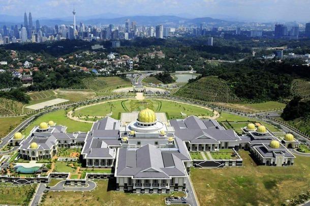 Istana Nurul Iman 1