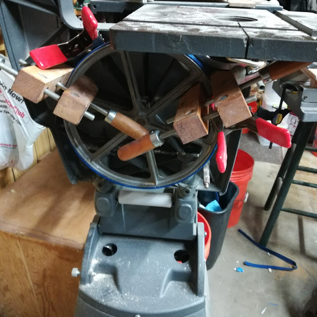 Installing Blue Max Urethane Tires on a Shopsmith Bandsaw