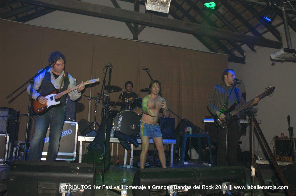 A TRIBUTOS 1er Festival Homenaje a Grandes Bandas del Rock 2010 - DSC_0043.jpg