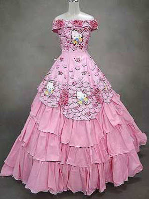hello_kitty_wedding_dress