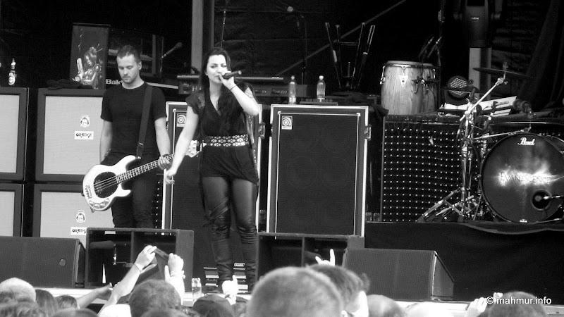 Evanescence @ TGF - IMG_9548.JPG