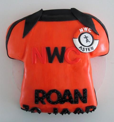 941- N.W.C voetbalshirt taart.JPG