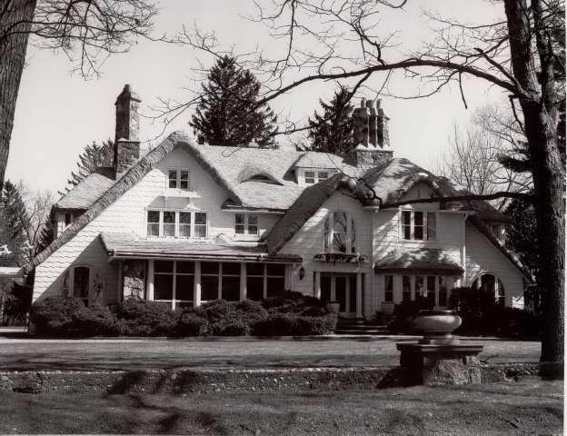 Bluejay House on Pine Lake with all Ford produced glass