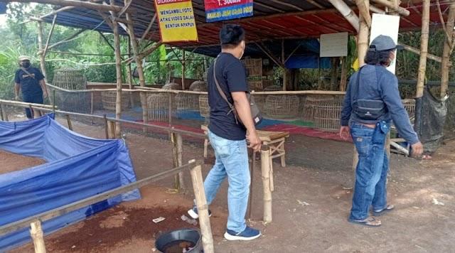 Penjudi sambung ayam kabur saat digrebek tim gabungan Resmob Polres Nganjuk dan Polsek Ngronggot