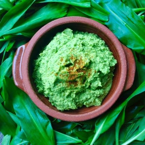 Wild Garlic Hummus Recipe - Foraging, Wild Food