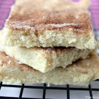 Cinnamon & Sugar Shortbread Bars (5 Ingredients)