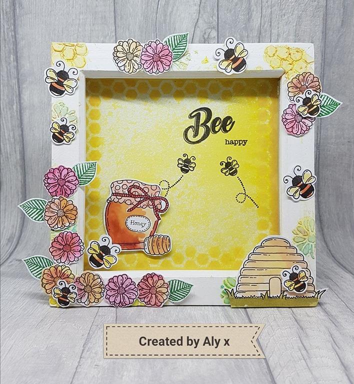 [Bee+happy+shadow+box%5B8%5D]