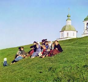 Дети в Белозреске, Вологодская губерния, 1909 год (Сергей Михайлович Прокудин-Горский)