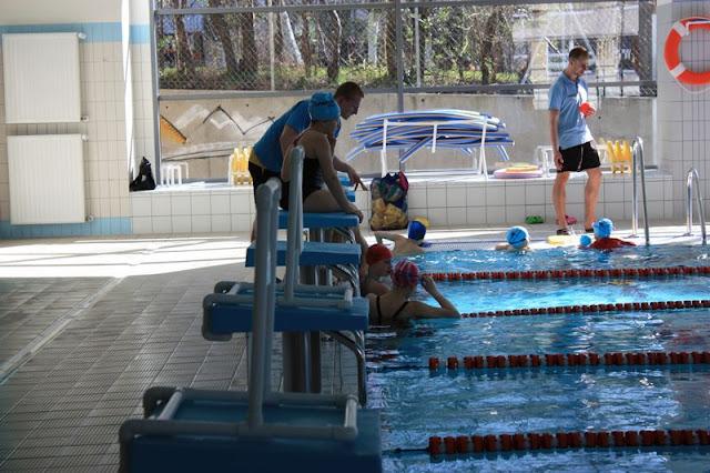 Wodne atrakcje Rady Dzielnicy Mały Kack - basen1.JPG