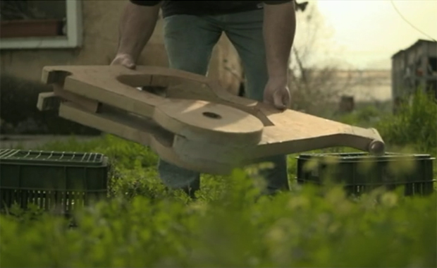 Durable Cardboard Bike by Izhar Gafni
