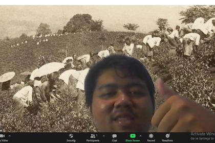 Cara Mudah Menambahkan Background Zoom Tanpa Green Screen, 100% Berhasil!