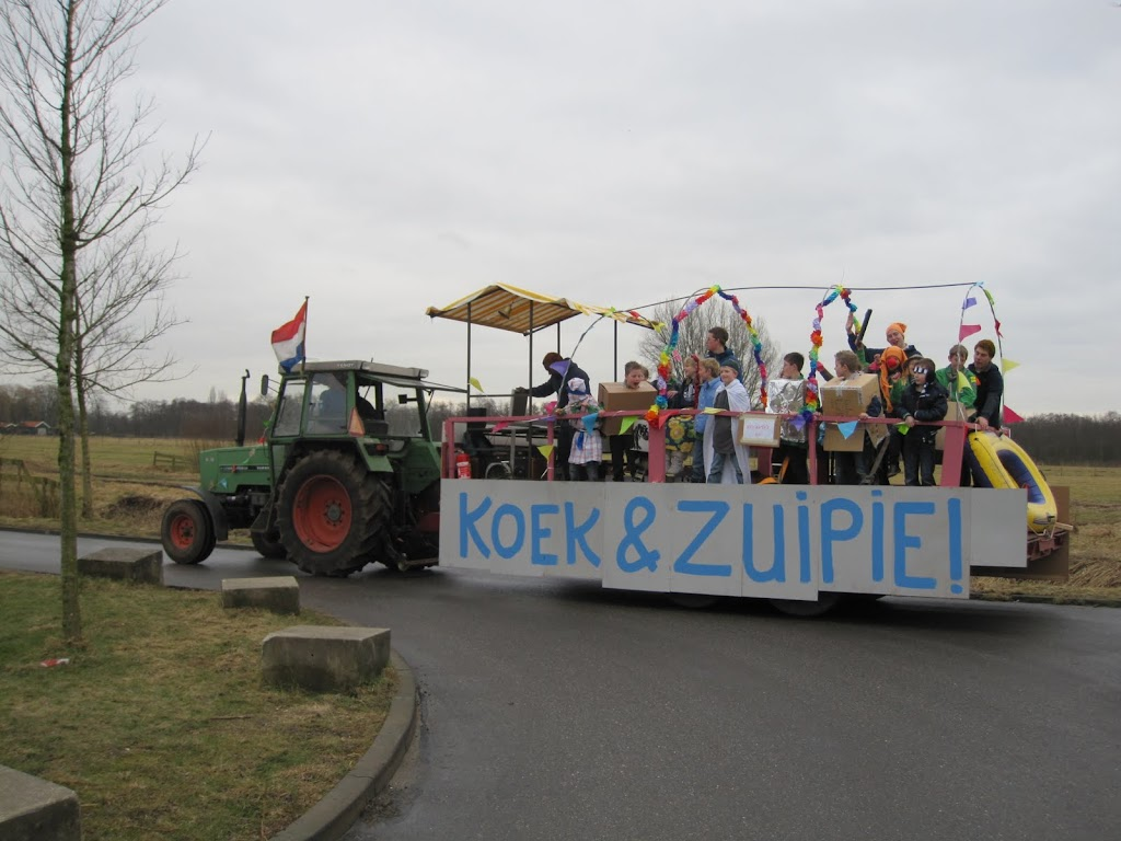 Welpen - Knutselen carnaval - IMG_5389.JPG