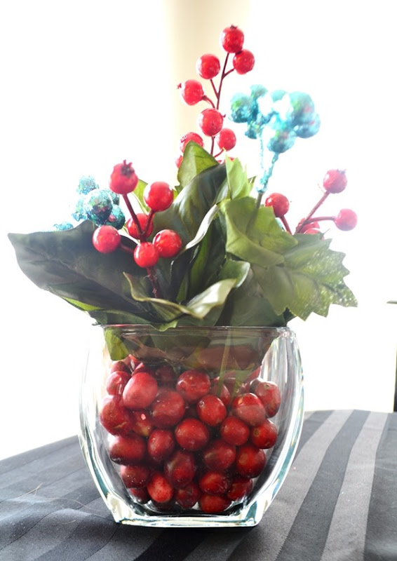DIY Centerpiece_cranberry filled bowl with red and teal berry