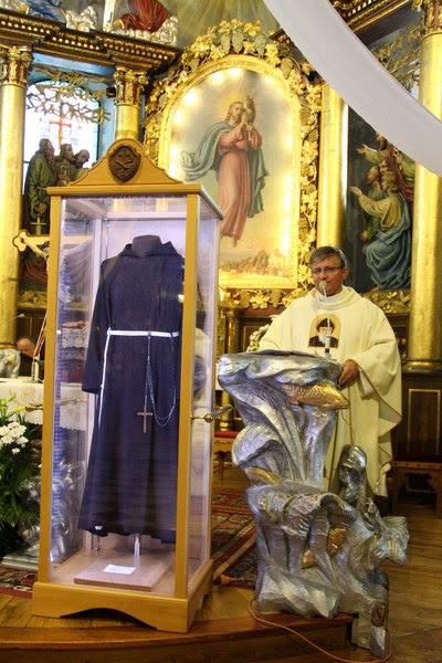 Z relikwiami św. O.Pio w Istebnej - IMG_3485.JPG