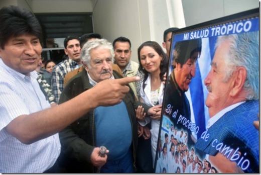José Mujica elude hablar de la reelección en Bolivia
