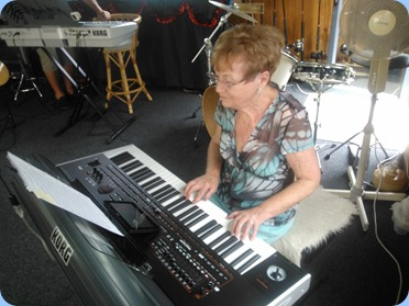 Diane Lyons playing Gordon Sutherland's new Korg Pa4X.
