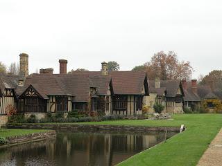 Частные дома при замке