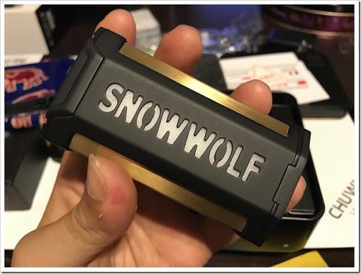 IMG 5155 thumb - 【変形しそう】クソカッコイイテクニカルMOD「SNOW WOLF Vfeng 230W(スノーウルフ・ブイフェン)」レビュー!とにかく変形合体しそうなかっこいい見た目に惚れ惚れする……。これは一個持っておきたいMODになるかもしれませんぞ~【MOD】