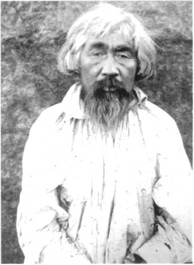 Окунев, 50 лет, качинец. Сеок ах-хасха. Служил степной головой в Усть-Абаканскойуправе. Островских П. Е. 1890-е гг.