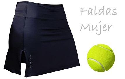 Faldas, el mejor vestuario para el pádel femenino.