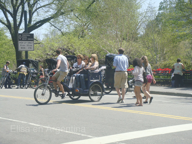 People in Central Park, New York, Manhattan, elisaorigami, travel, blogger, voyages, lifestyle