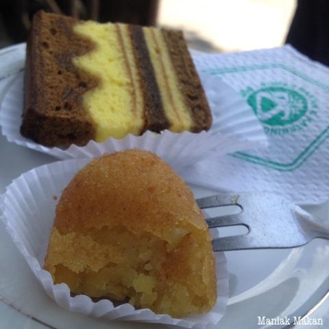maniak-makan-perkawinan-piring-terbang-solo-2-snack