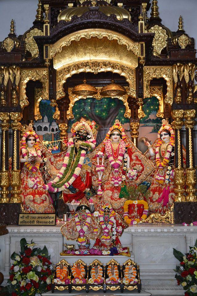 ISKCON Ujjain Deity Darshan 04 April 2016  (7)